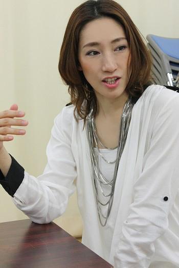 yoshitsune1_7978b.JPG